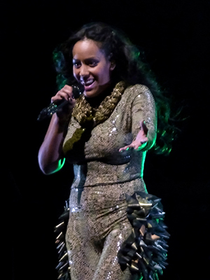 kekeLMB_Amel_Bent_Instinct_Tour_Olympia_Paris_2013_(1)
