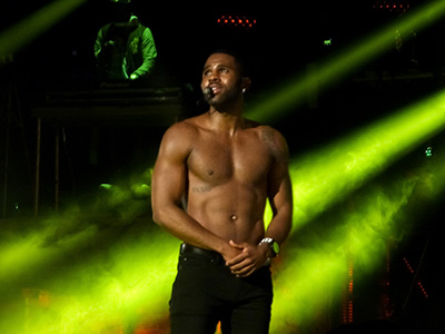 kekeLMB_Jason_Derulo_Tattoos_World_Tour_Le_Trianon_Paris_2014_(2)