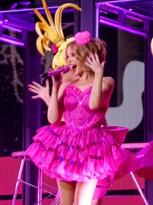 kekeLMB_Kylie_Minogue_Kiss_Me_Once_Tour_Bercy_Paris_2014_(3)