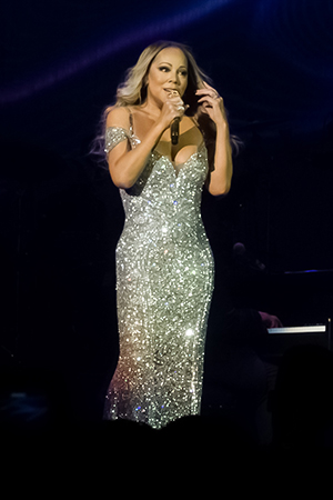 kekeLMB_Mariah_Carey_Sweet_Sweet_Fantasy_Tour_AccorHotels_Arena_Paris_2016_5.jpg