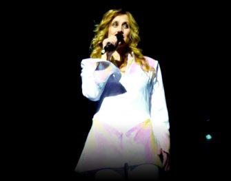 Lara Fabian : Toutes les Femmes en Moi font leur Show - Zénith, Dijon (2010)