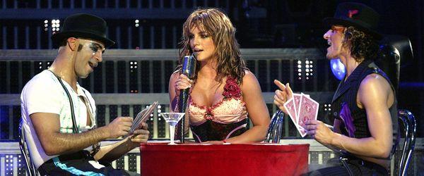 kekeLMB_Britney_Spears_The_Onyx_Hotel_Tour_Halle_Tony-Garnier_Lyon_2004_(3)