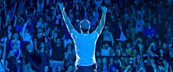 kekeLMB_Enrique_Iglesias_Greatest_Hits_Tour_Zenith_Paris_2009_(5)