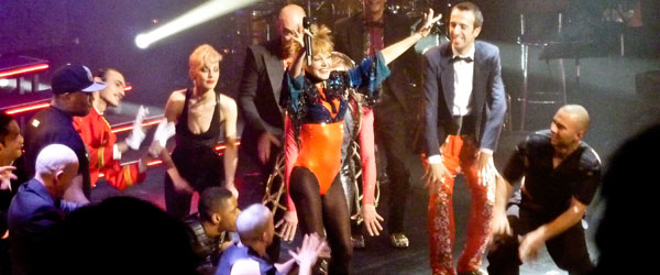 kekeLMB_Arielle_Dombasle_Diva_Tour_Theatre_du_Chatelet_Paris_2012_(4)