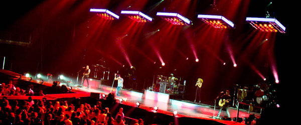 kekeLMB_Enrique_Iglesias_Euphoria_World_Tour_Zenith_Paris_2011_(5)