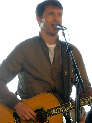 kekeLMB_James_Blunt_W9_Home_Festival_Paris_2013