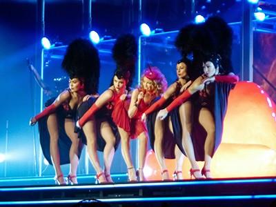 kekeLMB_Kylie_Minogue_Kiss_Me_Once_Tour_Bercy_Paris_2014_(1)