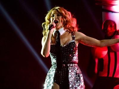 kekeLMB_Kylie_Minogue_Kiss_Me_Once_Tour_Bercy_Paris_2014_(2)