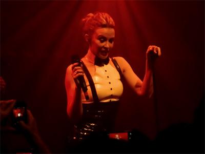 kekeLMB_Kylie_Minogue_La_Gaite_Lyrique_Paris_2014_(2)
