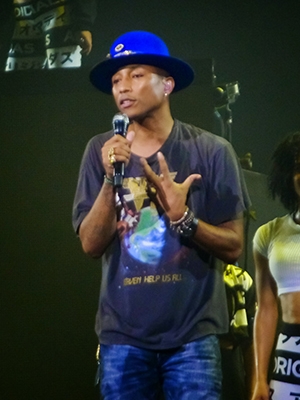 kekeLMB_Pharrell_Williams_Dear_GIRL_Tour_Zenith_Paris_2014_(2)