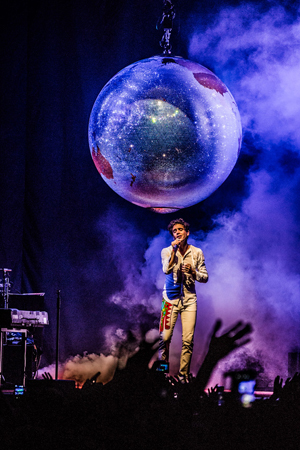 kekeLMB_Mika_Heaven_Tour_Zénith_Paris_2015_3