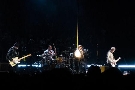 kekeLMB_U2_iNNOCENCE_eXPERIENCE_Tour_Bercy_Paris_2015_3