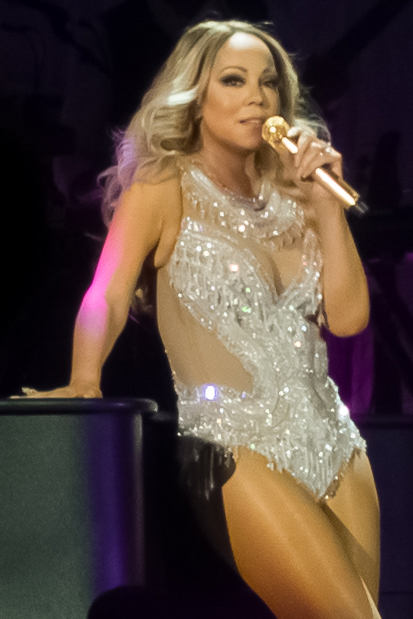 kekeLMB_Mariah_Carey_Sweet_Sweet_Fantasy_Tour_AccorHotels_Arena_Paris_2016_1.jpg
