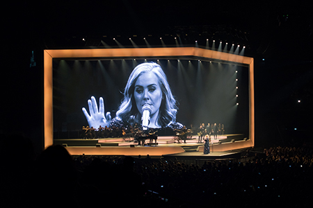 kekeLMB_Adele_AccorHotels_Arena_Paris_2016_1