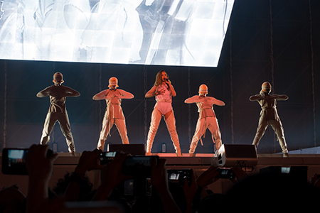 kekeLMB_Rihanna_Anti_World_Tour_Stade_de_France_Paris_2016_1