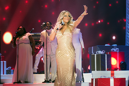 kekeLMB_Mariah_Carey_All_I_Want_For_Christmas_Tour_AccorHotels_Arena_Paris_2017_photo_1