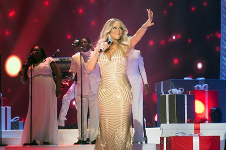 kekeLMB_Mariah_Carey_All_I_Want_For_Christmas_Tour_AccorHotels_Arena_Paris_2017_photo_1