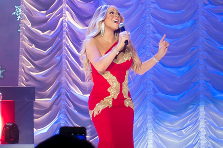 kekeLMB_Mariah_Carey_All_I_Want_For_Christmas_Tour_AccorHotels_Arena_Paris_2017_photo_3