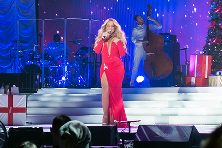 kekeLMB_Mariah_Carey_All_I_Want_For_Christmas_Tour_AccorHotels_Arena_Paris_2017_photo_4