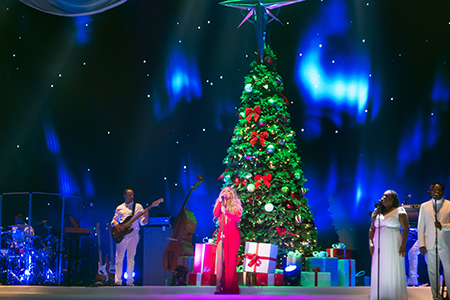 kekeLMB_Mariah_Carey_All_I_Want_For_Christmas_Tour_AccorHotels_Arena_Paris_2017_photo_5
